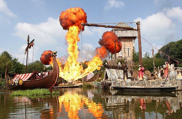 Ne manquez pas le spectacle des vikingsau Puy du Fou !