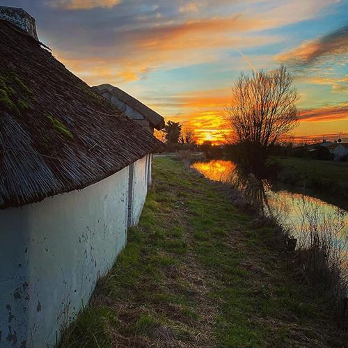 La bourrine, habitation traditionnelle du marais breton vendéen